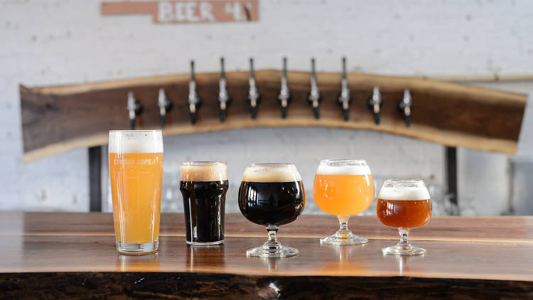 Strong Rope Brewery Opens in Gowanus